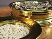 communion-bread-and-wine